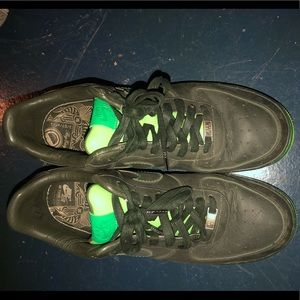 Nike Shoes - 💚all green air forces limited edition💚